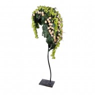 Композиция Орхидеи и розы в листе