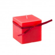 Свеча красная квадратная с лентой 7.5х7.5х7.5 см
