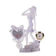 Статуэтка с часами Девушка с тележкой Светящаяся 19х17см