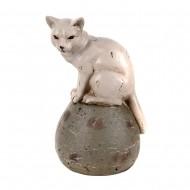 Статуэтка Кошка на шаре 13х11х19,5 см