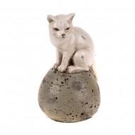 Статуэтка Кошка на шаре 9,5х9х15,5 см